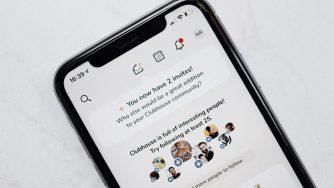 ClubHouse ouvert dans un écran d'iPhone